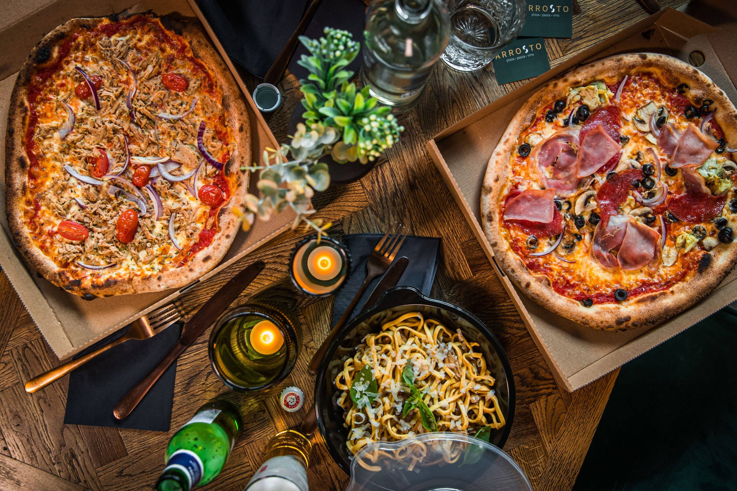 Afhalen bezorgen Italiaans pizza pasta thuisbezorg